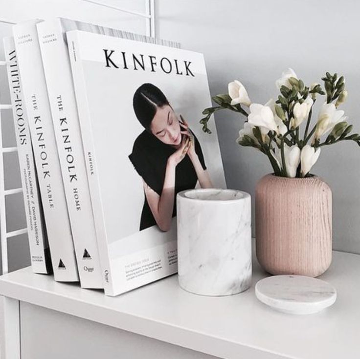 A beautiful addition to any home, The Kinfolk Home founder Nathan Williams showcases how embracing the ethos of slowing down, simplifying your life, and cultivating community allows you to create a more considered, beautiful, and intimate living space ✖