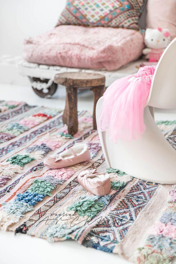 © Paulina Arcklin | El Ramla Hamra carpets & poufs for Kids www.elramlahamra.nl