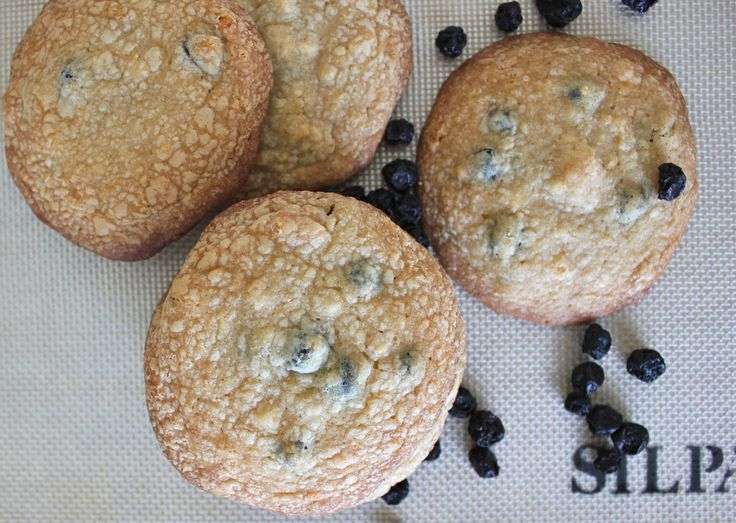 Blueberry and Cream Cookies (A Momofuku Recipe)