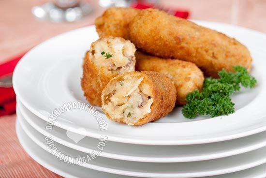 Croquetas de Pollo (Chicken Croquettes) | Dominican Cooking