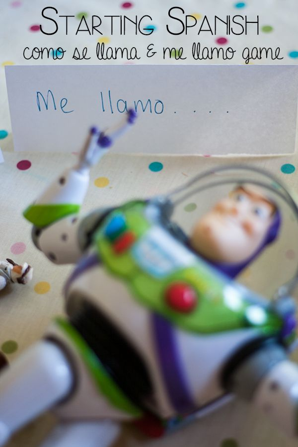 "Introducing Spanish - a simple game to get children using ""Como se llama"" and ""Me llamo"""