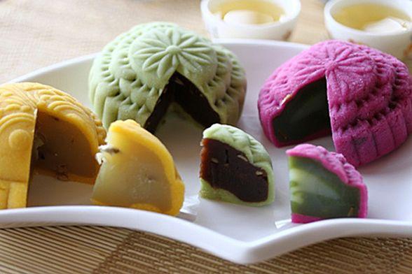 Snow Skin Moon CakeDesserts, Asian Recipe, Moon Cake, Mooncake Recipe, Food, Snowskin Mooncake, Mooncake 冰皮月饼, Snow Skin, Chinese Mooncake