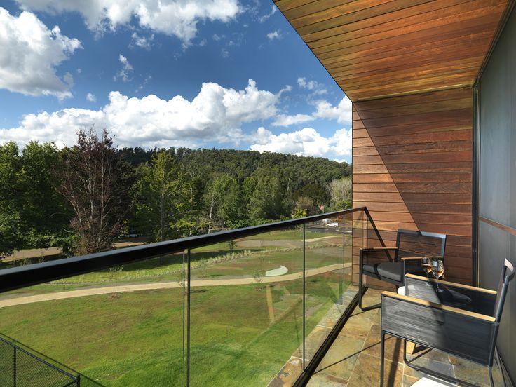 Vibe Hotel Marysville - One Bedroom, balcony view