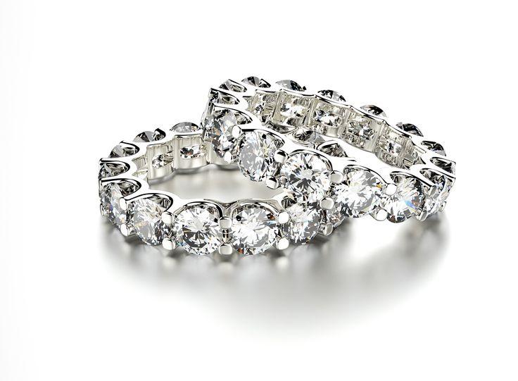 Szlachetne diamenty, chłodne szafiry, czy namiętne rubiny? Jakie są Wasze ulubione kamienie szlachetne? My nadal nie umiemy się zdecydować :)