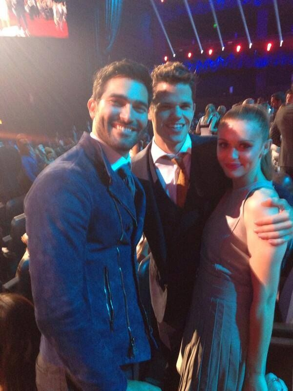 Papa Stilinski shared this photo of these 3 cuties with us on Twitter! MTV #MovieAwards 2014!