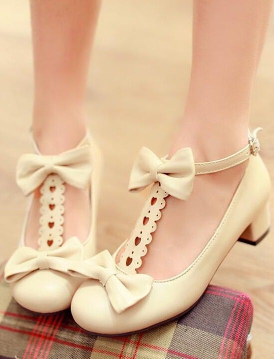 Sweet cute bowknot lolita girls shoes: