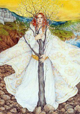Brighid é a deusa celta de Fogo. Ela reina sobre muitos tipos de fogo e da forja (como Deusa da arte da ourivesaria e metalurgia), o fogo da lareira (como deusa da cura), e o fogo da criatividade (como deusa da poesia). Brighid é vista como uma deusa tripla, e está associada com três diferentes esferas de alto (labaredas, fortes altas, sabedoria), médios (lareira e da casa) e baixa (poços e nascentes sagradas❤