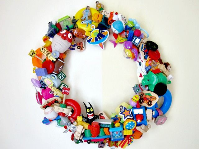 Happy Meal Toy Wreath. A fantastic upcycling project.