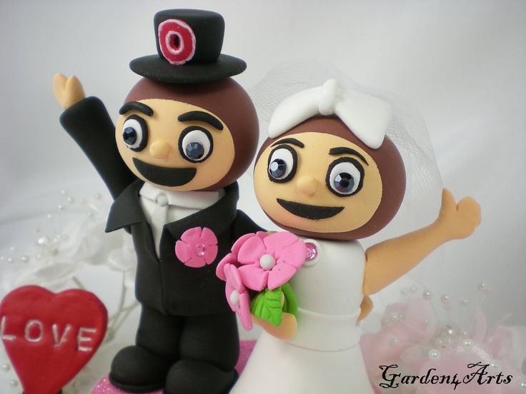 Custom OSU Brutus Wedding Cake Topper - Unique College MASCOT Love Couple with Beautiful Stand