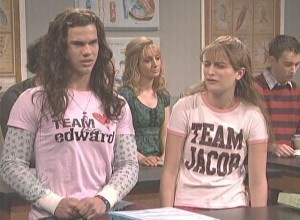 Taylor Lautner in Twilight SNL skit   (click link to watch) LOL!!!!!!