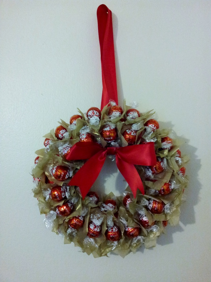 Lindt Lindor Sweet Wreath Cute idea  Lindt Lindor Truffles  Christmas gift wrapping