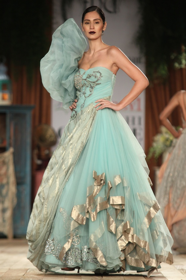 The large drill on the shoulder is  a bit OTT but otherwise lovely -Suneet Varma Collection