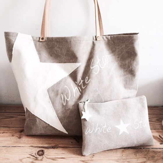 "Image of ""White Star"" Ensemble grand sac plage & Week-end et sa pochette (sur commande)"