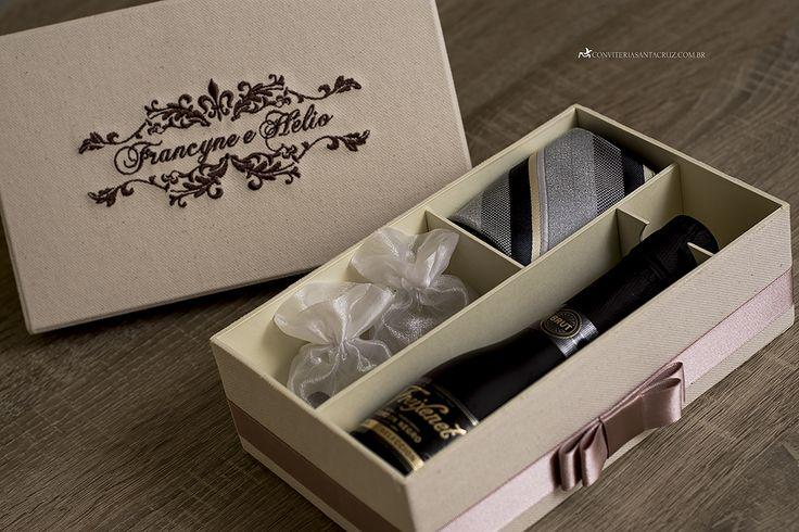 Caixas personalizadas para padrinhos. (8)