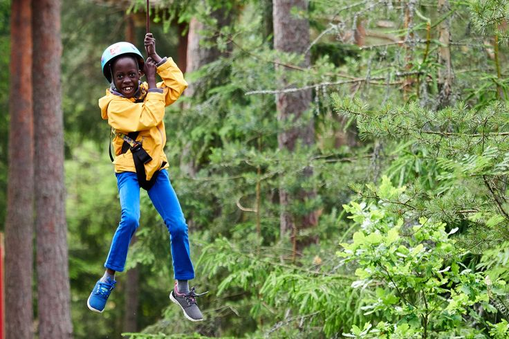 UUTTA Seikkailupuisto Huipussa! Järjestämme kolme lasten seikkailuleiriä kesäkuussa 2017. Lisätietoa verkkosivulla seikkailupuistohuippu.fi.