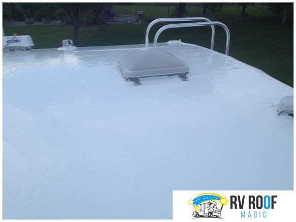 Camper Roof Sealants For Your Rv And Fixing Any Roof Leaks In 2020 Roof Roof Sealant Rv