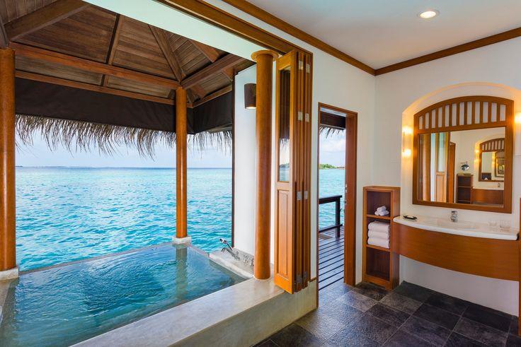 Sheraton Full Moon Resort - luxury spa bath