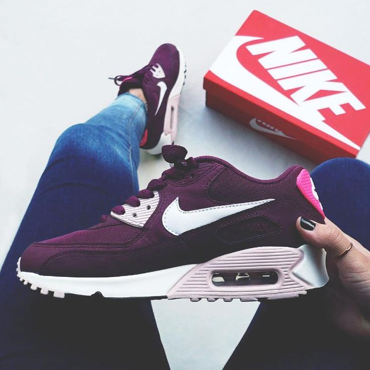 Sneakers women - Nike Air Max 90 (©onfeet__)