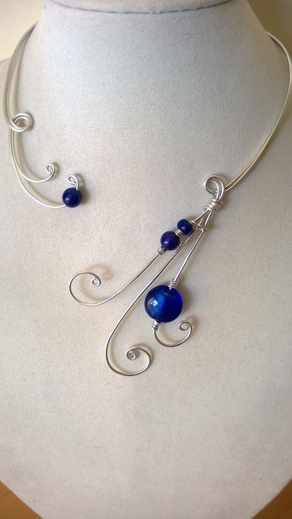 Royal blue jewelry Wire necklace Alu wire by LesBijouxLibellule