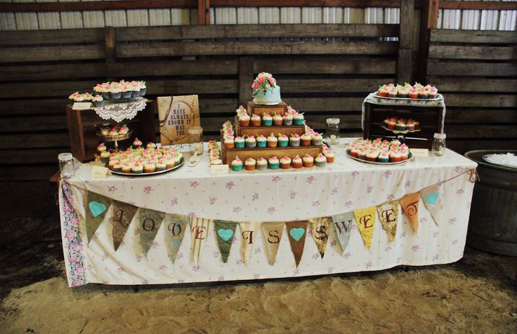 My Cake Table Used Crates Doilies And Glass Trays And