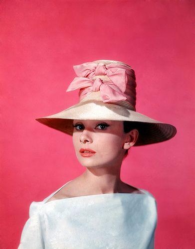 vintage: Vintagevogue, Thinking Pink, Audrey Hepburn, Style Icons, Audreyhepburn, Vintage Hats, Funny Faces, People, Vintage Vogue
