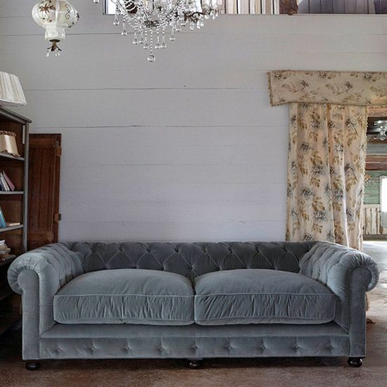 Best 25 divano velluto ideas on pinterest divano di - Divano velluto blu ...