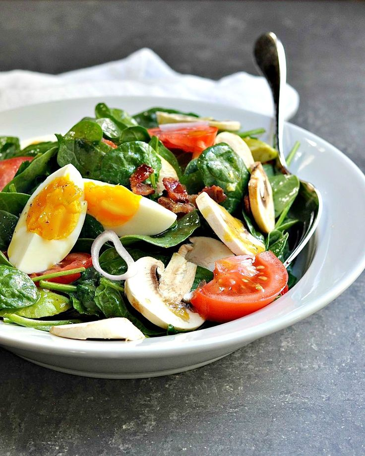 Spinach Salad recipes come in so many varieties, but this is my absolute favorite