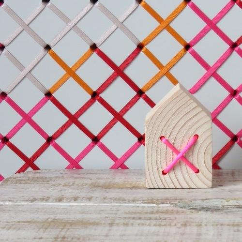 ieder huisje heeft zijn kruisje  via www.wikkie.nl