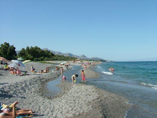 Beach and River in Fiumefreddo di Sicilia - The cleaner water in Sicily!