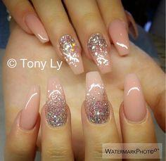 Nude & Sparkle ✨ Nails