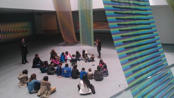 Con las niñas y niños del CRA Santarbás, Bruelles, Cangas de Narcea
