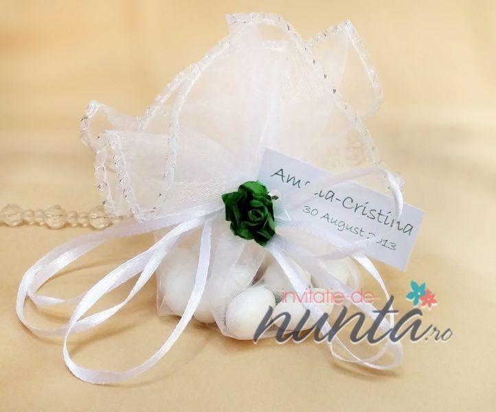 Marturie de nunta saculet alb cu bomboane si trandafiras verde | Accesorii nunta - Marturii de nunta