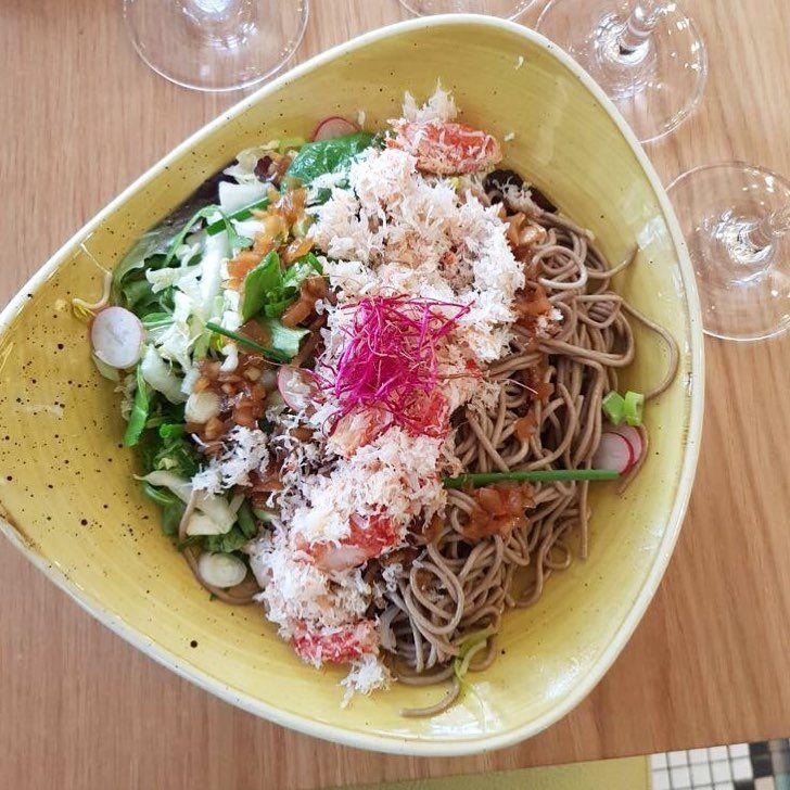 Avez-vous déjà goûté à nos Noodles au Crabe ?  #craberoyal #crabe #crab #noodles #pasta #japanese #delicious #tasty #restaurant #paris #parisian #placetobe #placedelamadeleine #instagood #instafood #alldaylong #healthly #food #seafood #takeaway #deliveroo #recipe