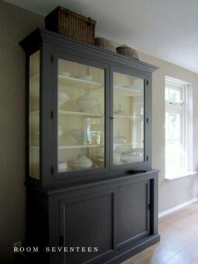 17 beste idee n over brocante meubels verven op pinterest ana wit vernissen en krijt verf meubels - Restyle houten trap ...