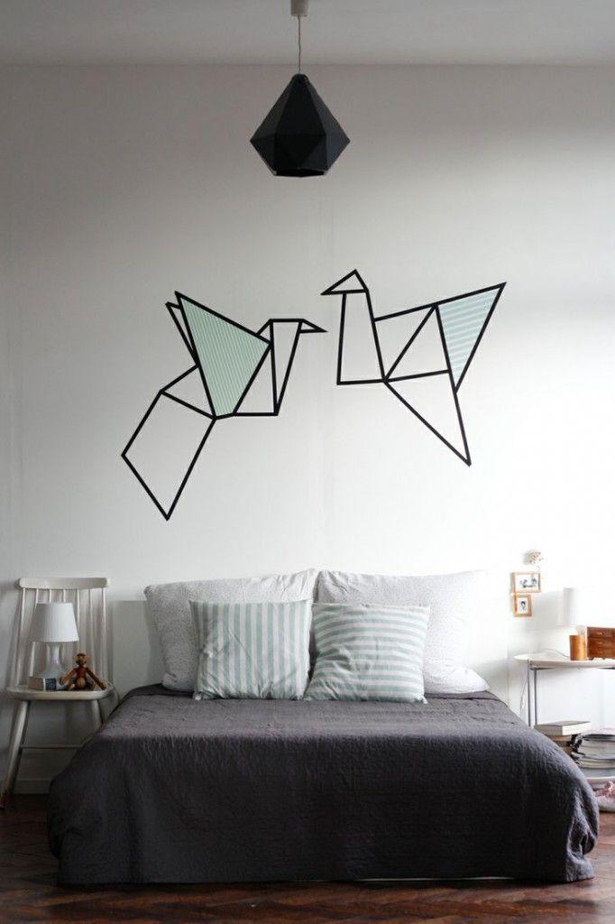 Cha une tete de lit en scotch ET origami!!!!!