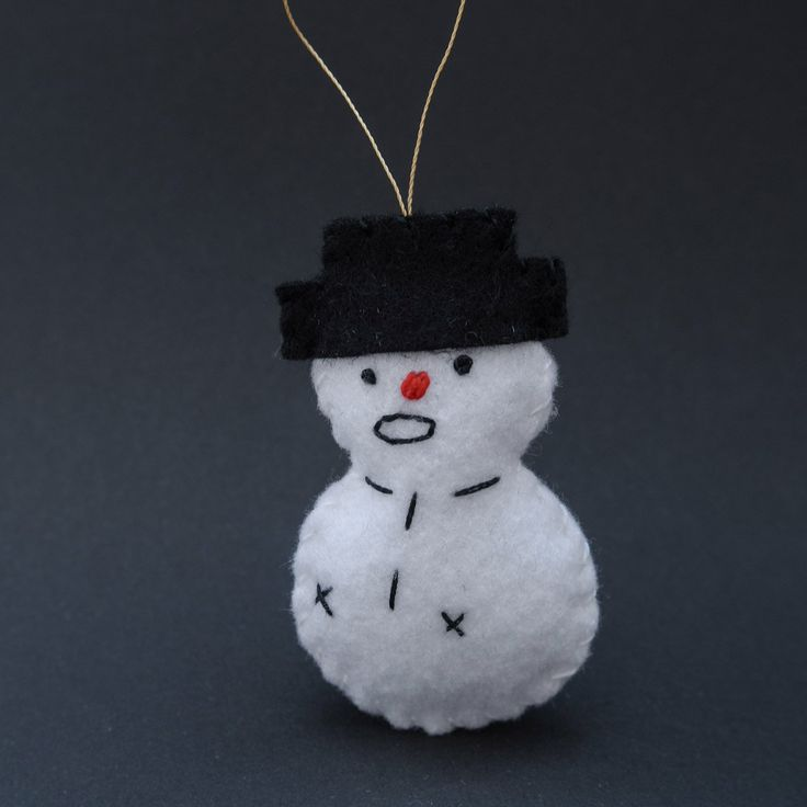 Wondering snowman - snowman ornaments, red nose, christmas, felt ornaments, christmas decor, snowman, holiday decor - by HalloweenOrChristmas on Etsy