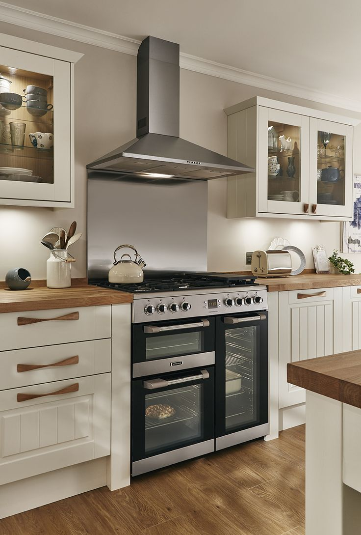 ivory kitchens design ideas. A beautiful traditional looking cooking area  classic look with wooden worktop and handles The 25 best Ivory kitchen ideas on Pinterest Farmhouse kitchens