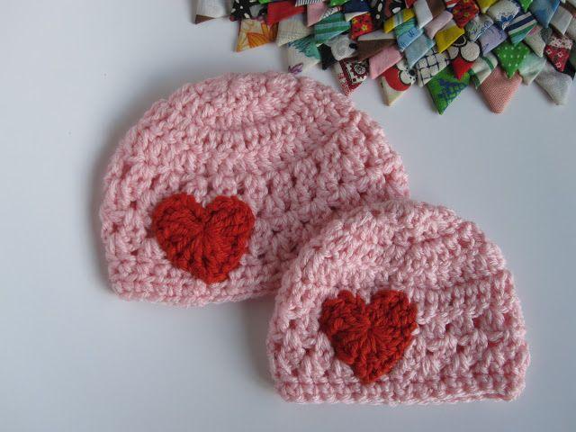 Lively Crochet: Preemie Hat Tutorial