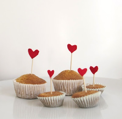 Valentines day:  cupcakes with felt hearts