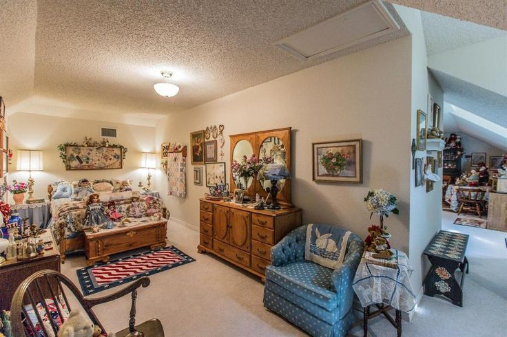 4006 76th Street, Lubbock TX: 4 bedroom, 2 bathroom Single Family residence built in 1993.  See photos and more homes for sale at https://www.coldwellbanker.com/property/4006-76TH-ST-LUBBOCK-TX-79423/69376063/detail?utm_source=pinterest