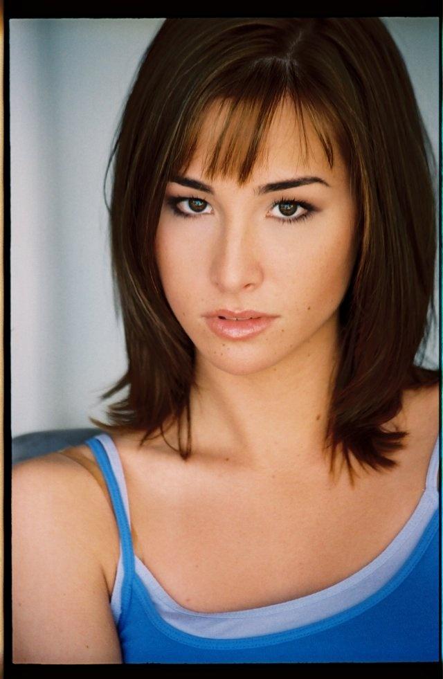 "Allison Scagliotti, ""Claudia Donovan"" on Warehouse 13."
