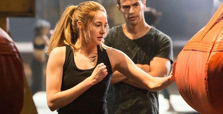 """""""Die Bestimmung - Divergent"""" - Eine Bestseller-Verfilmung für Fans von """"Die Tribute von Panem"""": Tris (Shailene Woodley) gehört zu den Unbestimmten. Im Chicago der Zukunft gilt dies als gefährlicher Zustand. Die 16-Jährige kämpft ums Überleben."""
