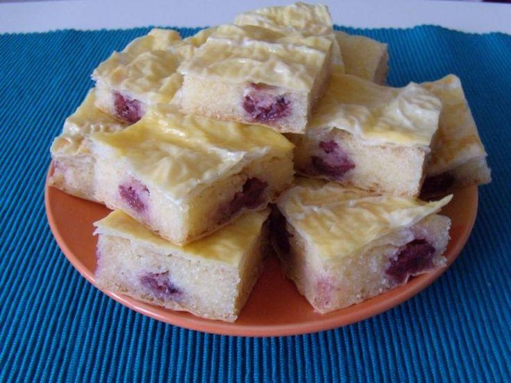 Grízes-meggyes rétes – Gyorsan összedobható, nagyon finom édesség!