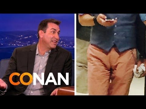 Rob Riggle: Moose Knuckle Photography Expert - YouTube
