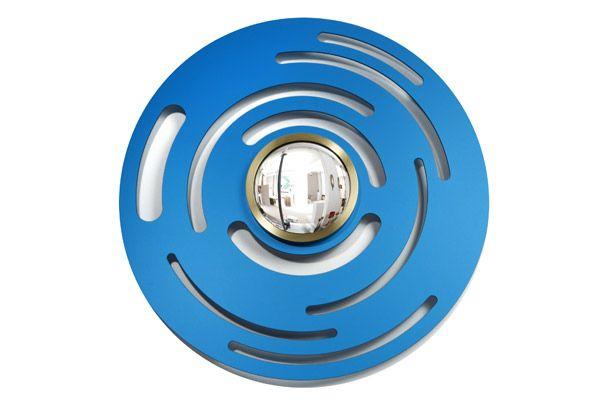 """Vан der Straeten.  Дизайнер Эрве ван дер Стратен. Зеркало """"Голубое солнце"""", бронза, анодированный алюминий, 2010."""