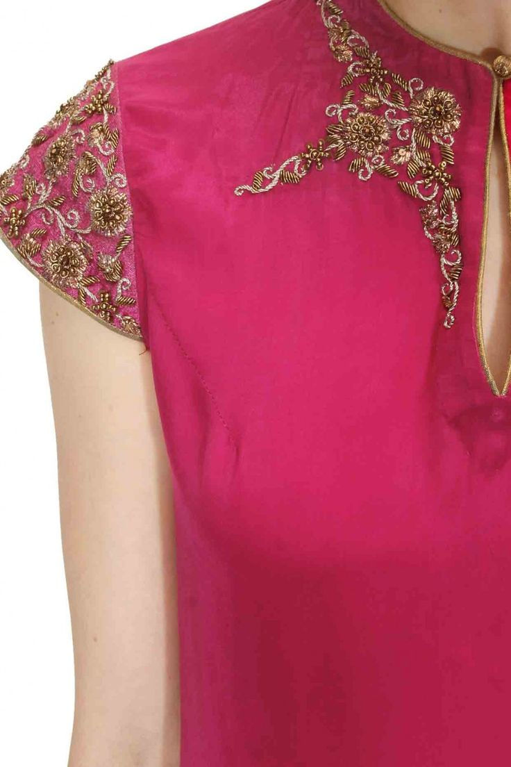 Magenta zardozi embroidered high low kurta available only at Pernia's Pop Up Shop.