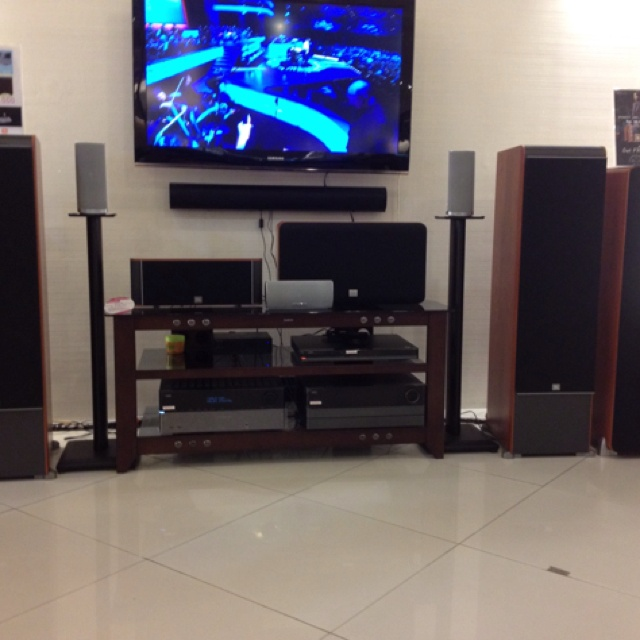 JBL Home Theater