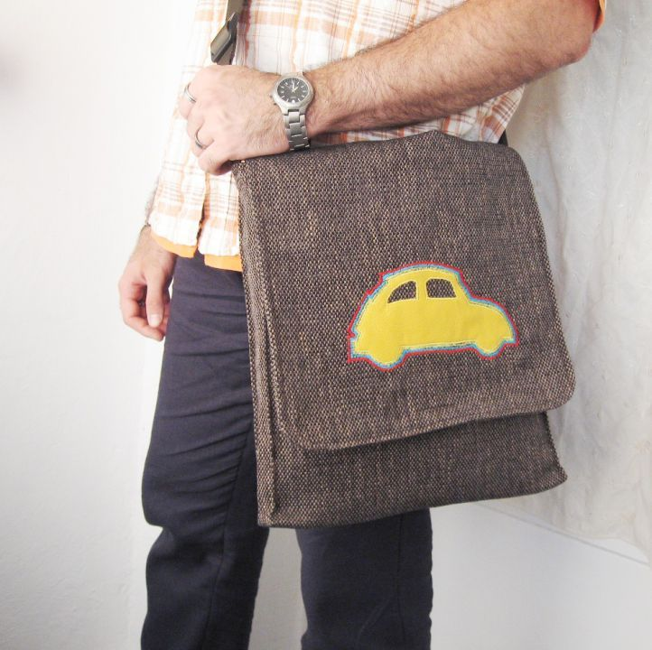 Brown bag by http://www.breslo.hu/item/Rainbow-car-megrendelesre_2452#