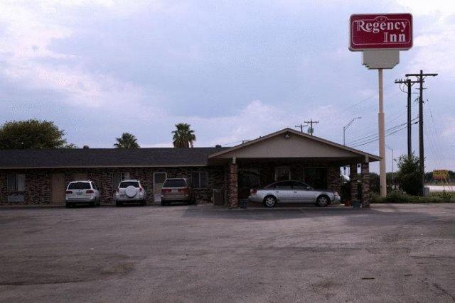 Regency Inn Hondo - 2 Star #Motels - $54 - #Hotels #UnitedStatesofAmerica #Hondo http://www.justigo.co.za/hotels/united-states-of-america/hondo/regency-inn-hondo_99869.html