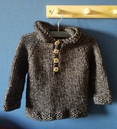 Ravelry: Seamless Baby Hooded Pullover pattern by Maggie van Buiten